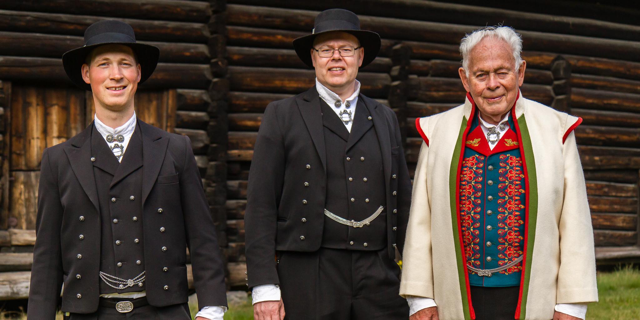 Tre Telemark-herrebunadar